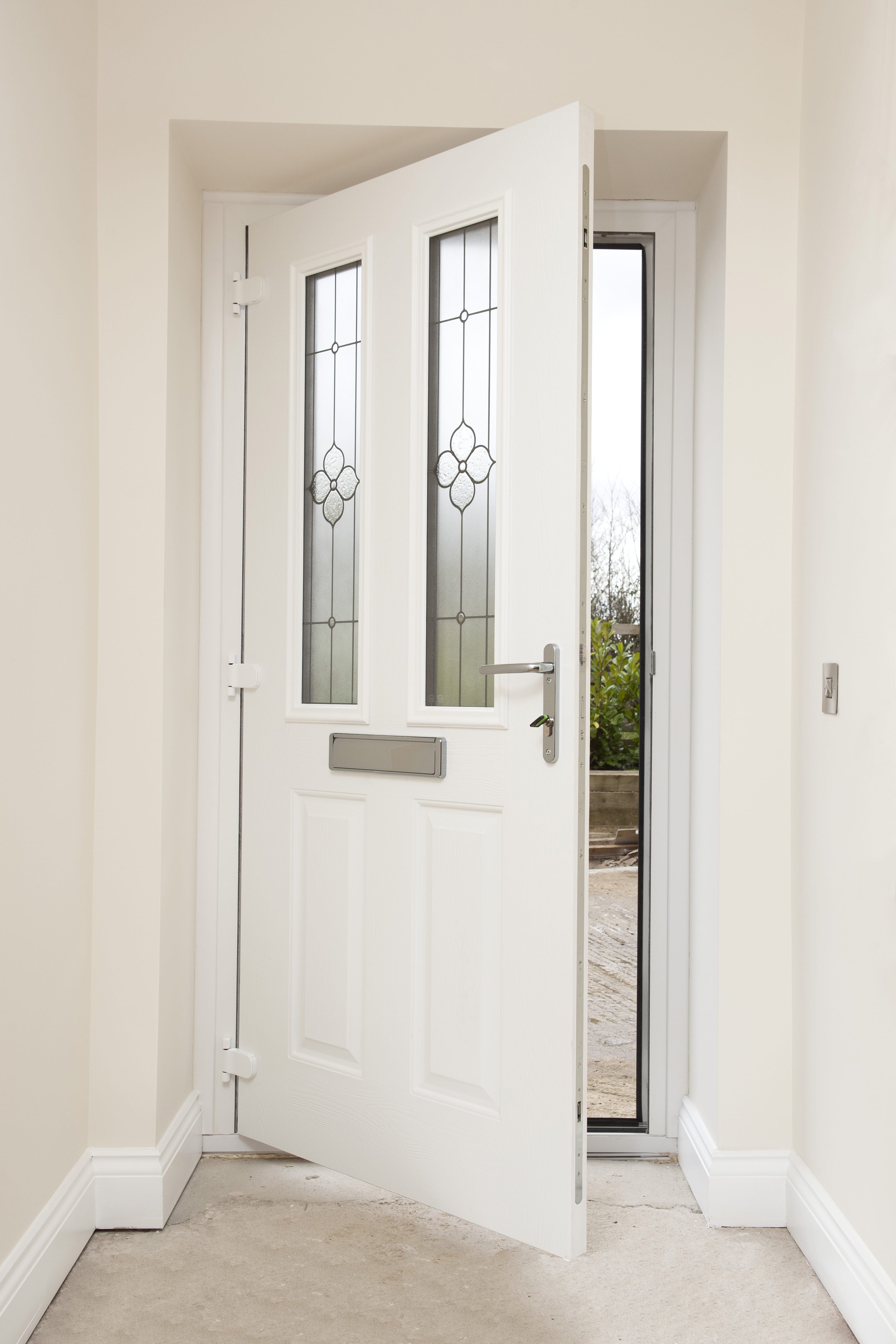 Upvc entrance and garden door porch gloucestershire cwm for Upvc company